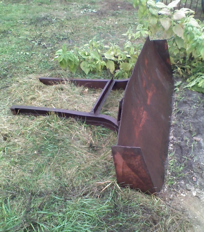 Бульдозерная лопата на ЮМЗ-МТЗ на в Павлодаре   объявление.